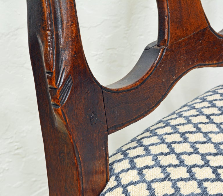 Six 18th Century Italian Provincial Louis XV Style Carved Walnut Dining Chairs For Sale 8