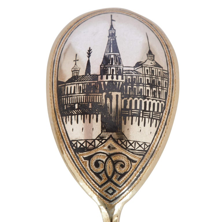 Six Antique Moscow Silver-Gilt and Niello Spoons In Good Condition For Sale In London, GB
