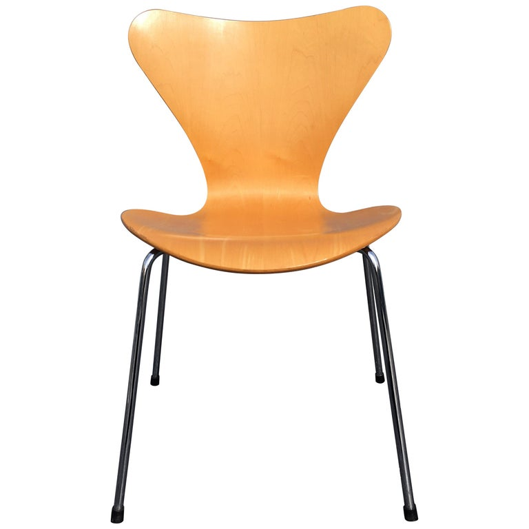 Six Arne Jacobsen Chairs Series 7 For Fritz Hansen For Sale At 1stdibs