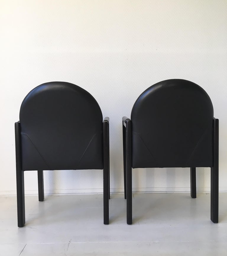 Late 20th Century Six Black Leather and Wood Armchairs by Bulo For Sale
