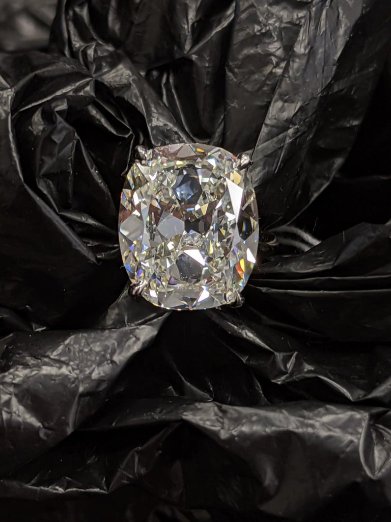 6 Carat Antique Cut Cushion Diamond H, VVS2 GIA, for Custom Mounting For Sale 2