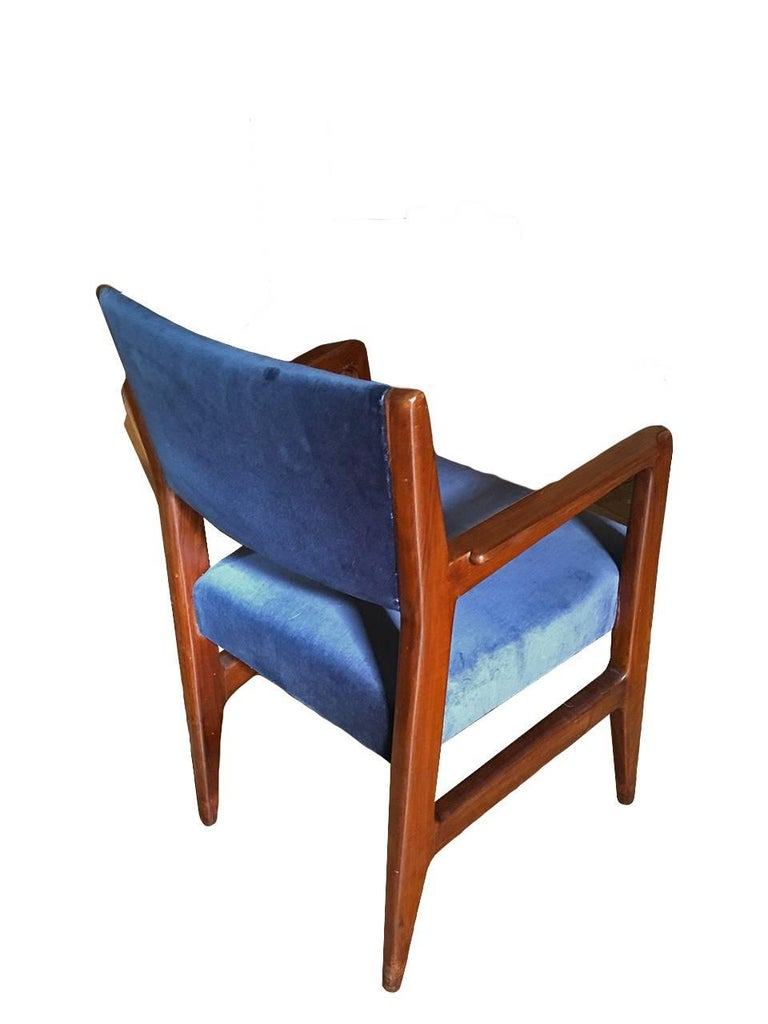The six chairs designed by Gio Ponti come from the Augustus ship, have been re-lined, there are photos of the interior of the ship, and original documents, The furnishings of the Augustus, produced by the Italian shipping company in the San Marco