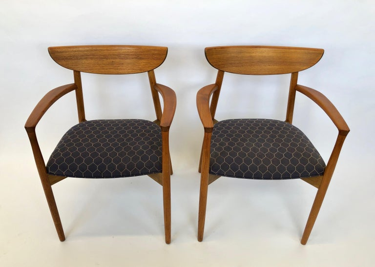 Six Dining Chairs by Harry Ostergaard for Randers Mobelfabrik, Denmark, 1960s In Good Condition For Sale In Jersey City, NJ