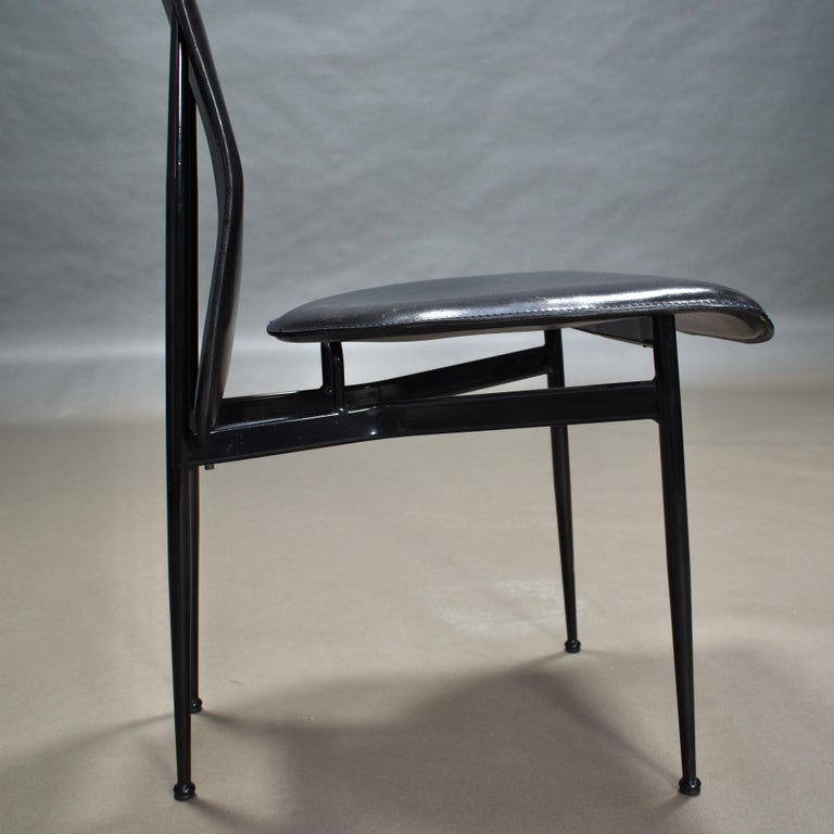 Six Fasem Dining Chairs by Vegni and Gualtierotti in Black Leather, Italy For Sale 8