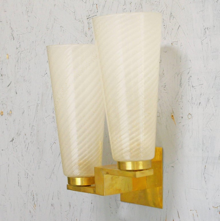 Six limited edition Italian sconces with cylinder-shaped hand blown frosted gold infused Murano glasses mounted on solid brass frames / Made in Italy / 1990s.