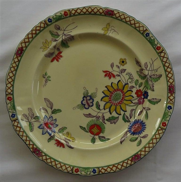 Six Mason's Ironstone Large Dinner Plates Art Nouveau Muscatel Pattern For Sale 5