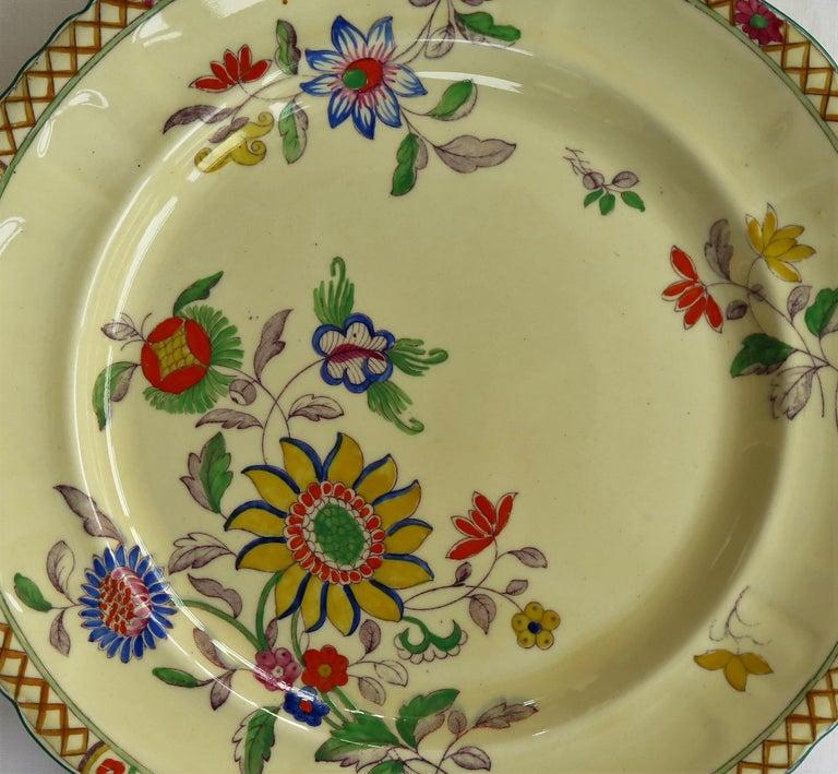 Six Mason's Ironstone Large Dinner Plates Art Nouveau Muscatel Pattern For Sale 8