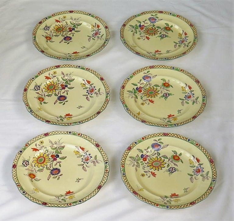 English Six Mason's Ironstone Large Dinner Plates Art Nouveau Muscatel Pattern For Sale