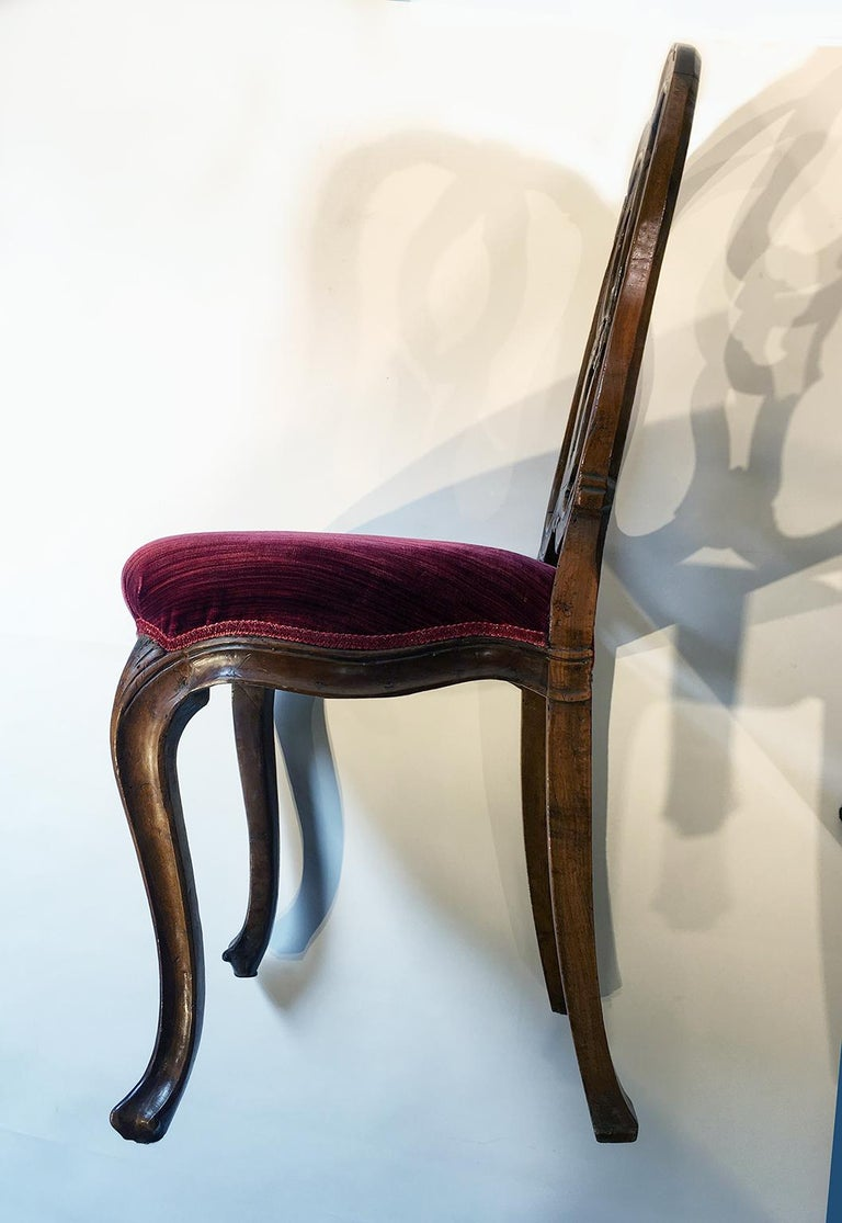 Six Mid-18th Century Italian Chairs, Venice, circa 1750 For Sale 7