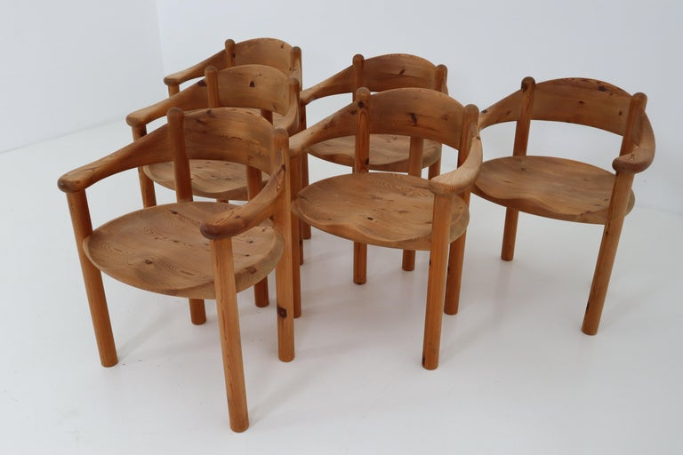 French Six Midcentury Dining Room Chairs in Pinewood by Rainer Daumiller, 1970s For Sale
