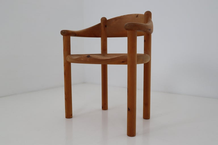 Six Midcentury Dining Room Chairs in Pinewood by Rainer Daumiller, 1970s In Good Condition For Sale In Almelo, NL