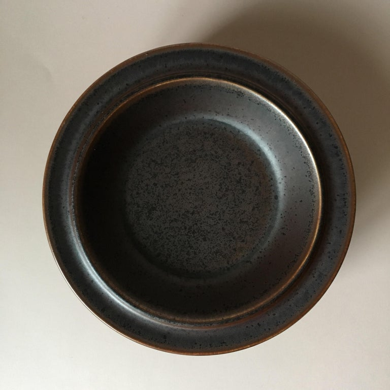Finnish  Six Midcentury Ruska Stoneware Cereal or Soup Plates from Arabia, Finland For Sale
