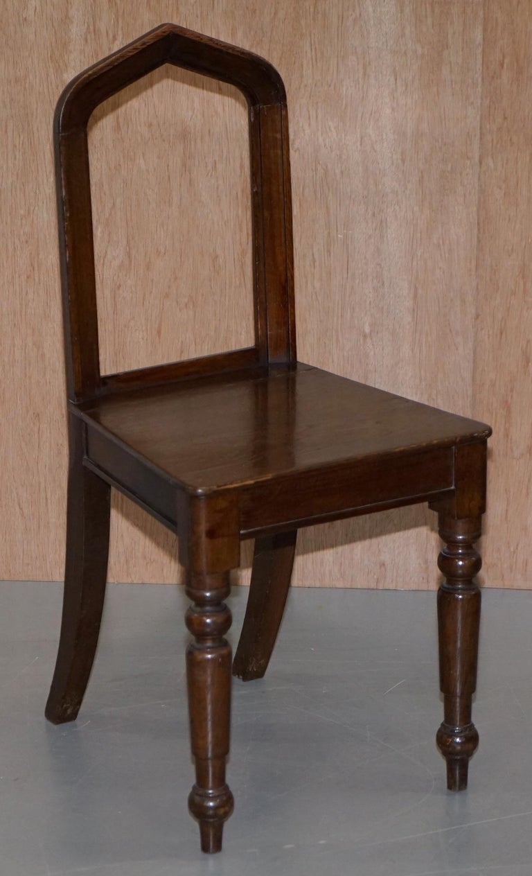 Six Original Victorian circa 1890 Steeple Back Gothic Arch Oak Dining Chairs 6 For Sale 6