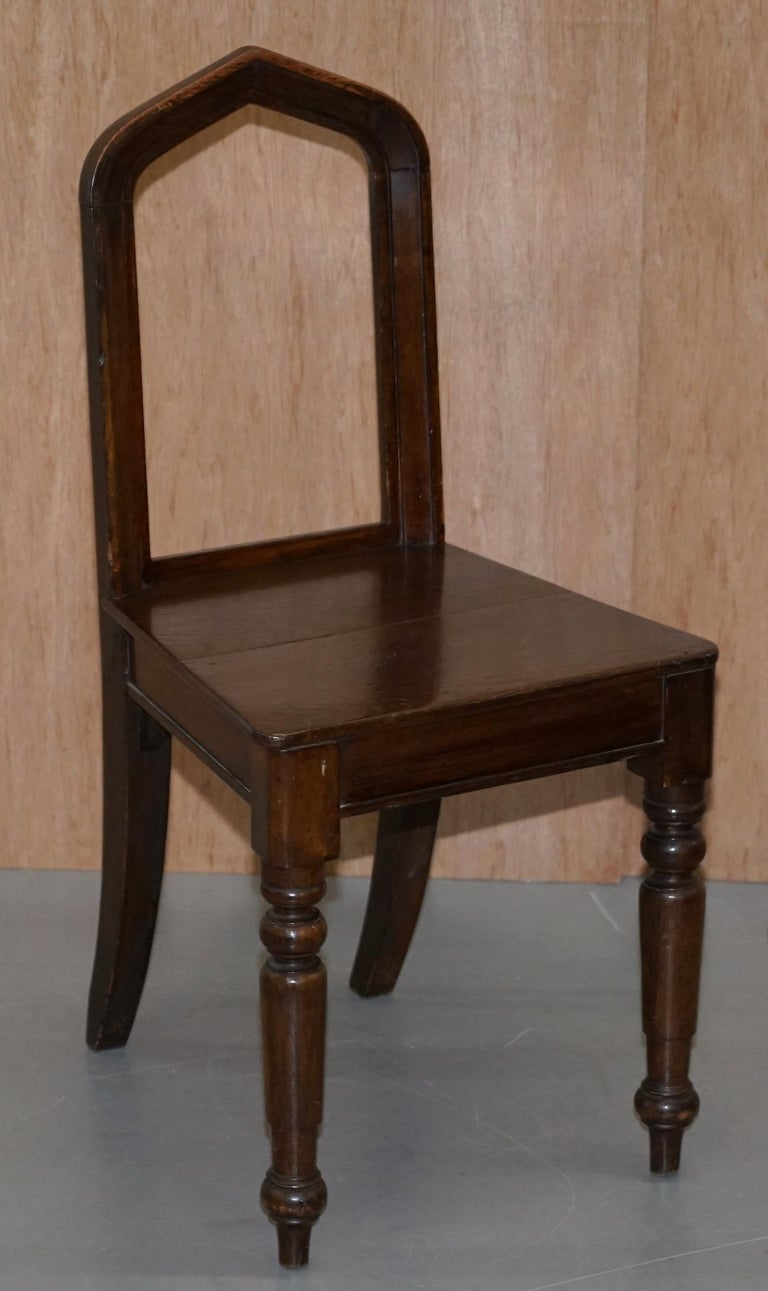 Six Original Victorian circa 1890 Steeple Back Gothic Arch Oak Dining Chairs 6 For Sale 13