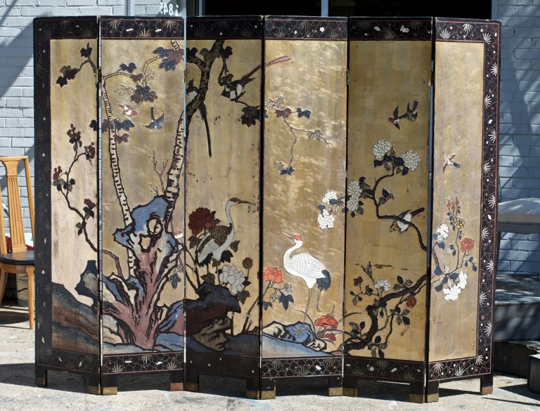 Lacquered Six Panel Coromandel Chinese Dressing Screen / Room Divider For Sale