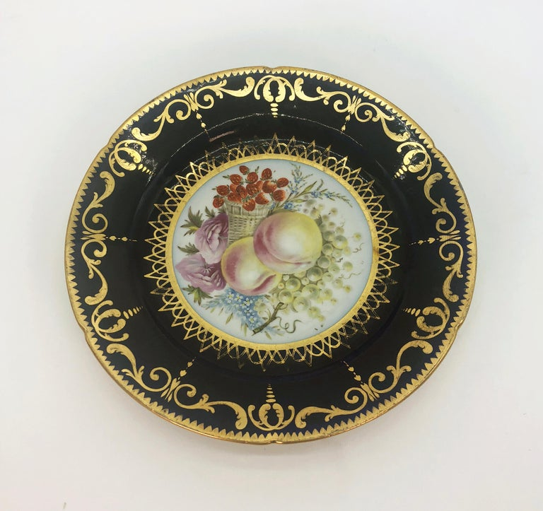 Six Regency Hand Painted Porcelain Plates by Coalport, circa 1805 For Sale 1