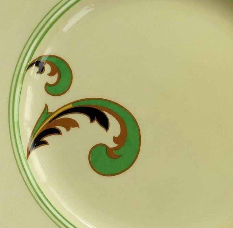 Six Royal Doulton Pottery Side Plates in Lynn Art Deco Pattern D5204, circa 1930 For Sale 9