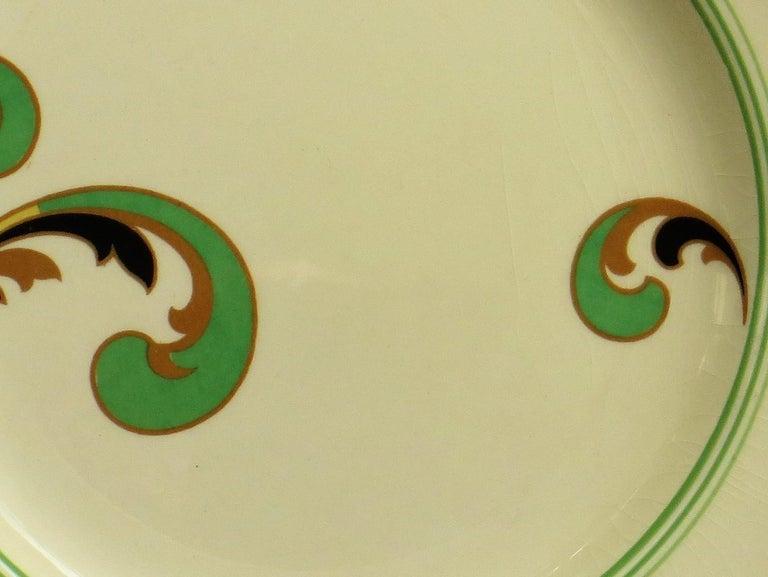 Six Royal Doulton Pottery Side Plates in Lynn Art Deco Pattern D5204, circa 1930 For Sale 10
