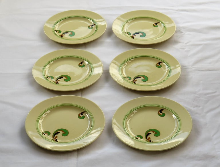 These are a good set of six side or salad plates decorated in the