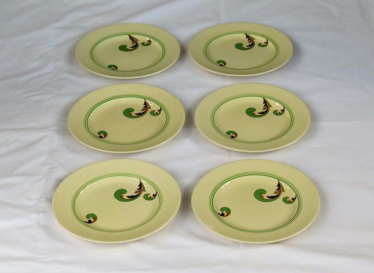 English Six Royal Doulton Pottery Side Plates in Lynn Art Deco Pattern D5204, circa 1930 For Sale
