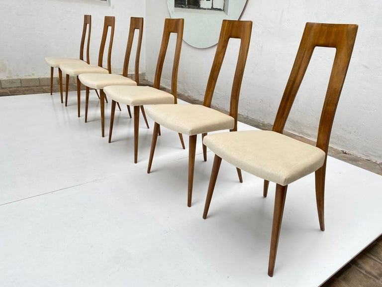 Six Sculptural Form 'Turin School' Walnut & Mohair Dining Chairs, Italy, 1940's For Sale 10