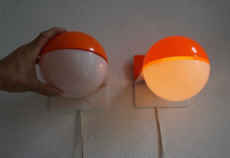 Six Table or Wall Lamps by Guzzini For Sale 6