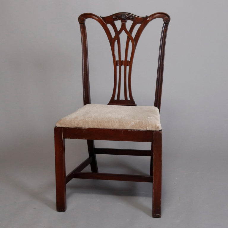Six Vintage Chippendale Style Carved Mahogany Ribbon Back Dining Chairs In Good Condition For Sale In Big Flats, NY