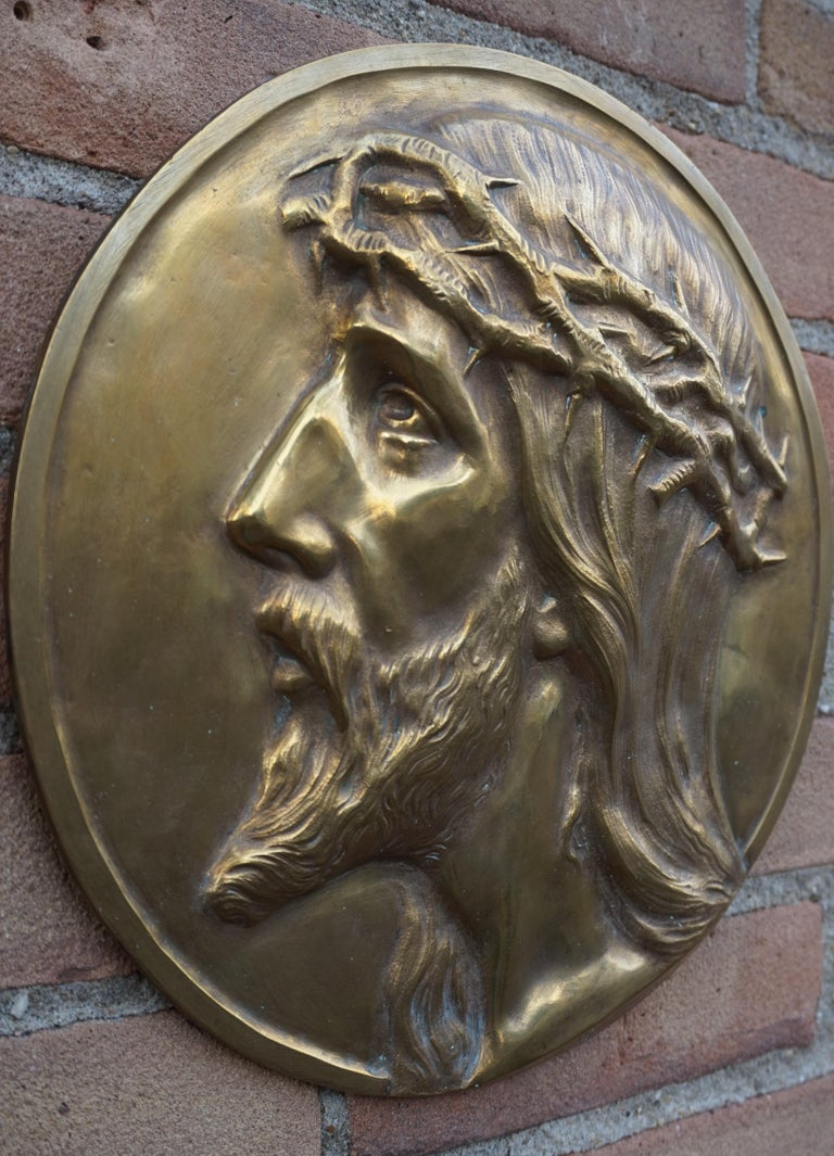 Sizable Pair of Jesus & Mary Bronze Wall Plaque Sculptures by Francis Corbeels In Good Condition For Sale In Lisse, NL
