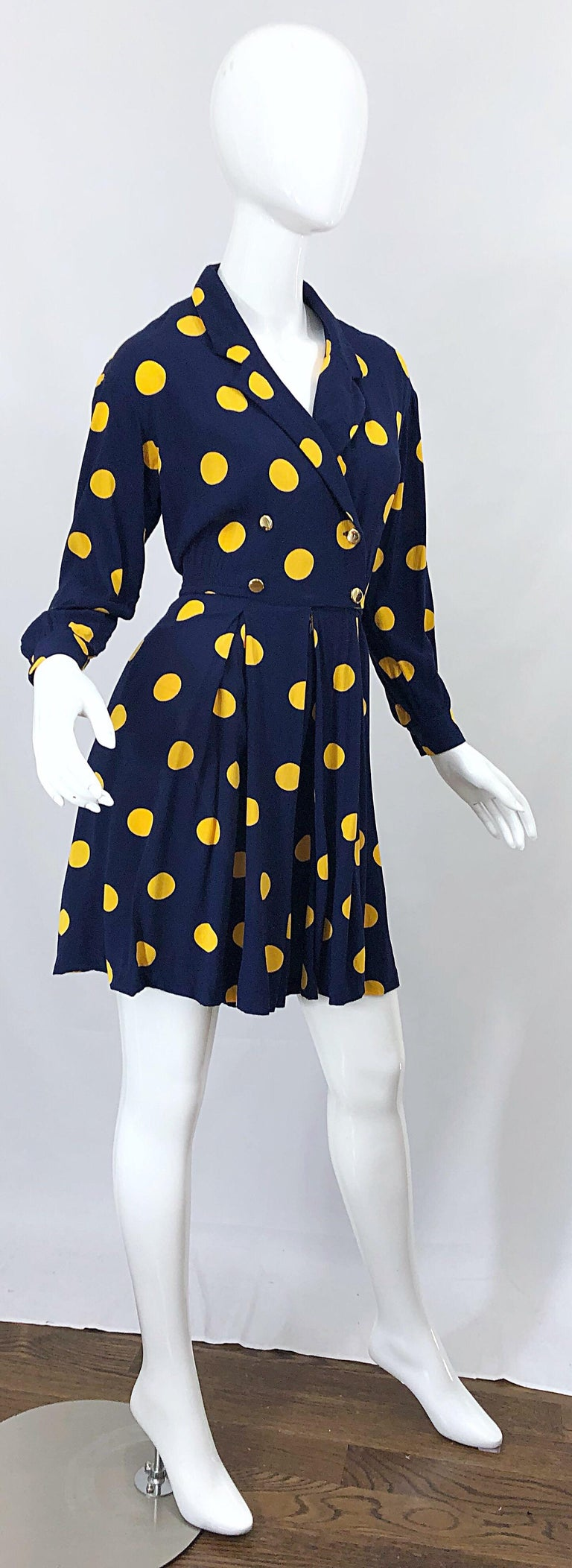 Size 8 Romper Late 1980s Navy Blue and Yellow Polka Dot 80s Vintage Romper For Sale 7
