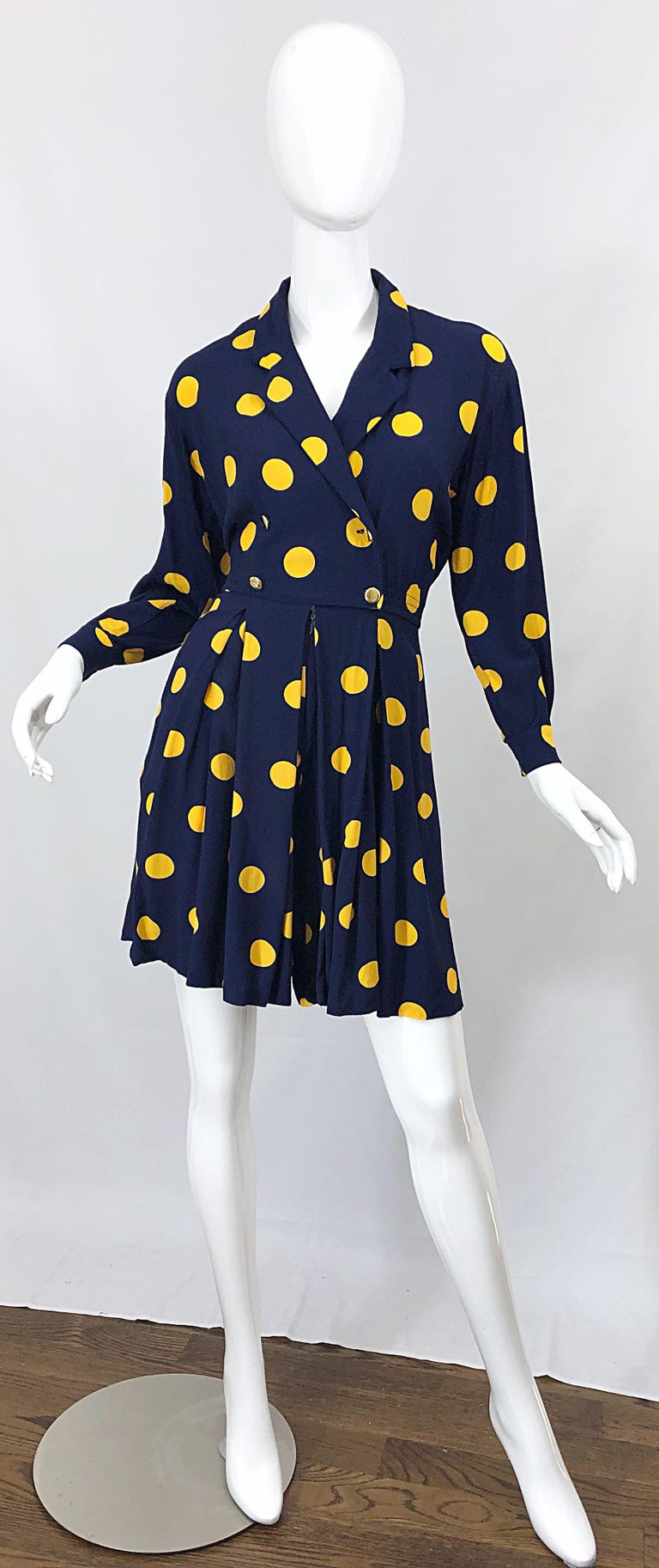 Size 8 Romper Late 1980s Navy Blue and Yellow Polka Dot 80s Vintage Romper For Sale 8