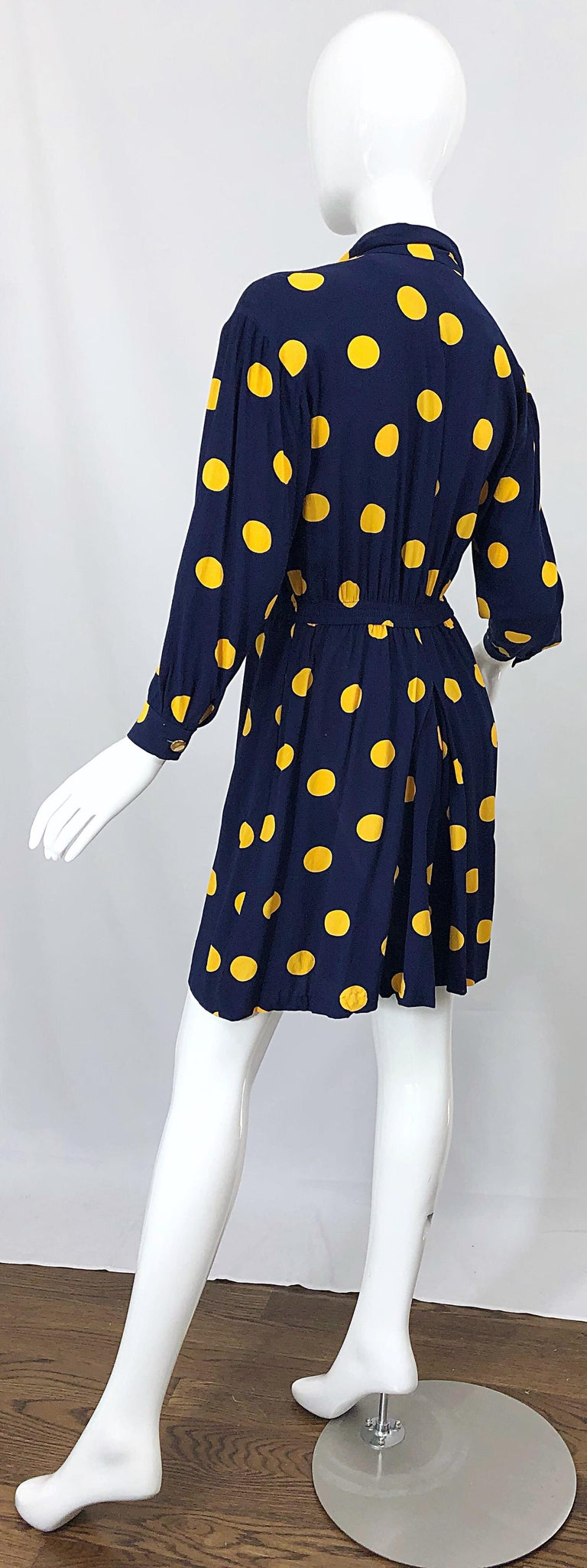 Size 8 Romper Late 1980s Navy Blue and Yellow Polka Dot 80s Vintage Romper For Sale 10