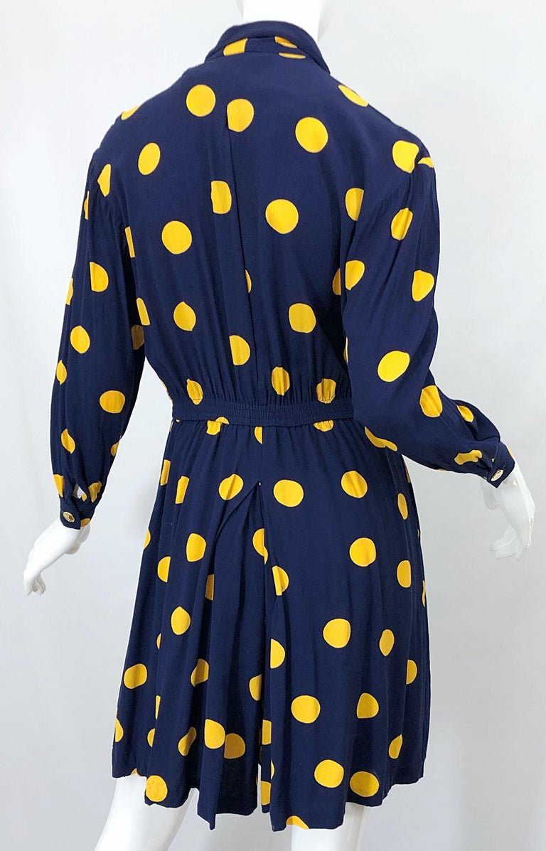 Size 8 Romper Late 1980s Navy Blue and Yellow Polka Dot 80s Vintage Romper For Sale 11
