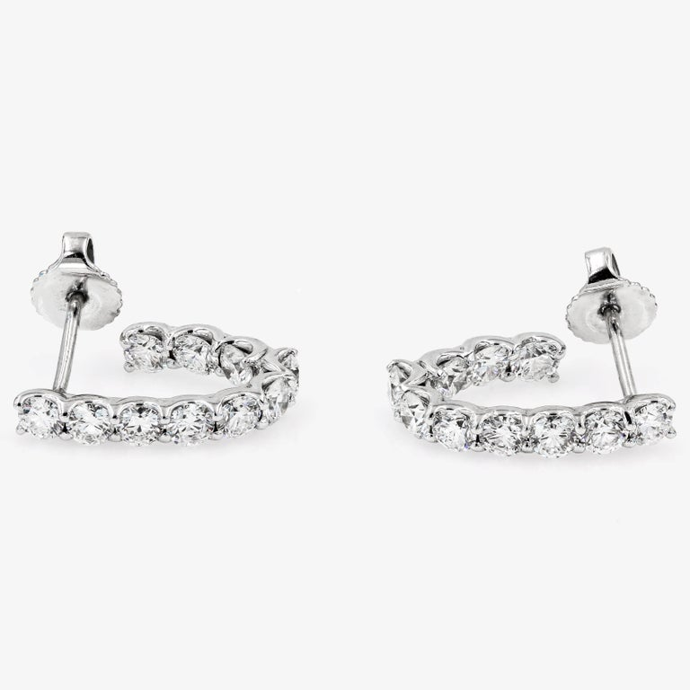 SkaLLop J-Hoop Round Diamond Earrings in 18 Karat White Gold In New Condition For Sale In Chicago, IL