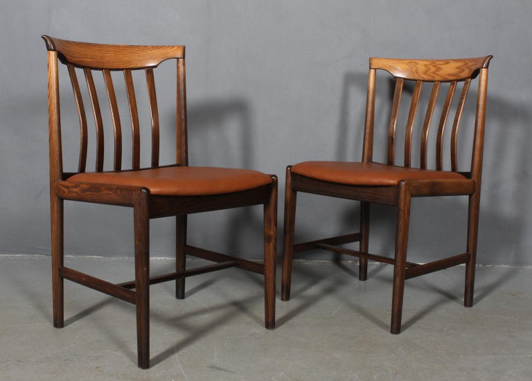 Skaraborgs Møbelindustri, Four Dining Chairs In Good Condition For Sale In Esbjerg, DK