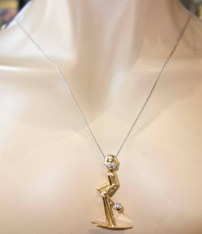 Skier Pendant in 18 Karat Gold with Diamonds For Sale 3