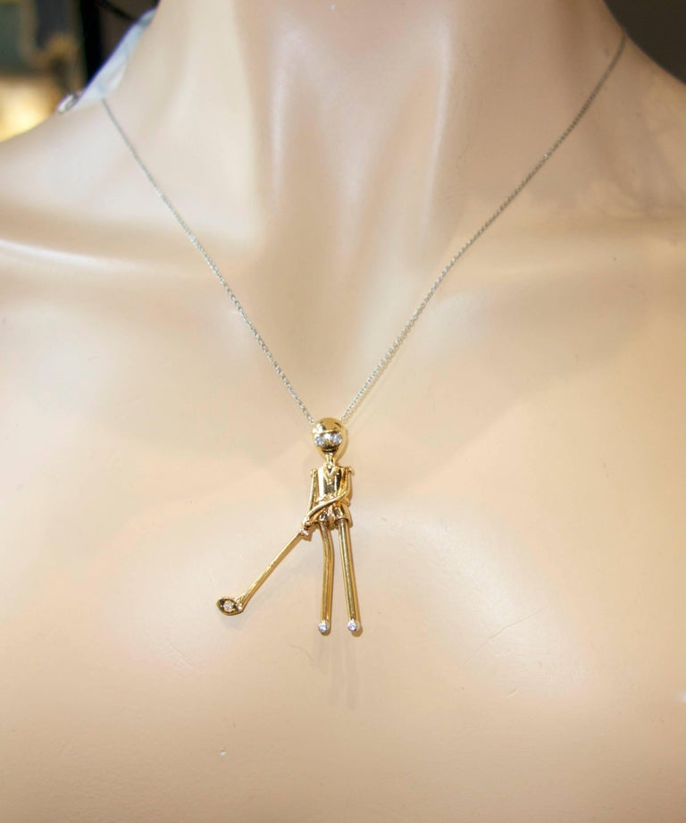 Skier Pendant in 18 Karat Gold with Diamonds For Sale 4