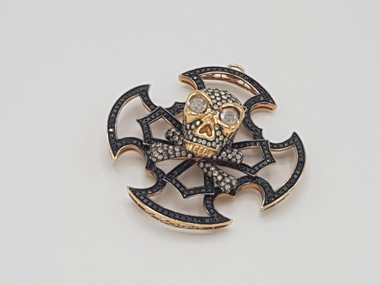 Skull Pendant Yellow and Black Gold with Diamonds In New Condition For Sale In Roma, IT