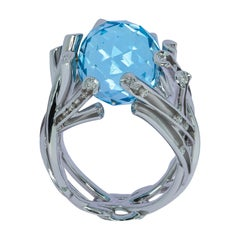 Sky Topaz 19.24 Carat Diamonds 18 Karat White Gold Ring