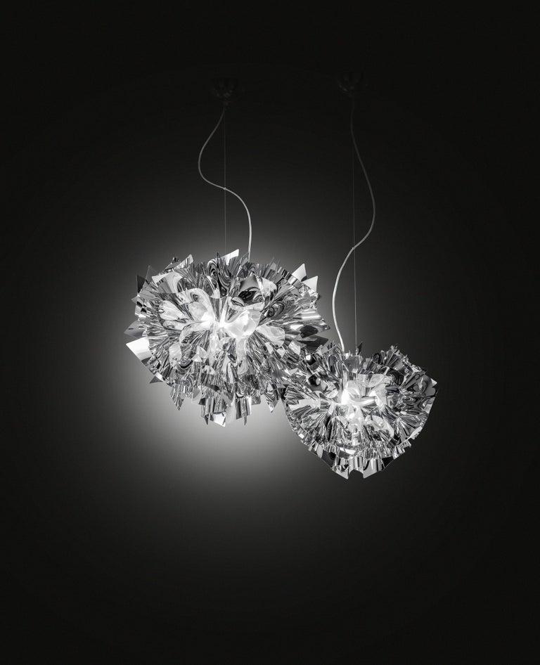 Modern SLAMP Veli Medium Suspension Light in Silver by Adriano Rachele For Sale