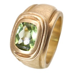 Slane & Slane Peridot Yellow Gold Ring