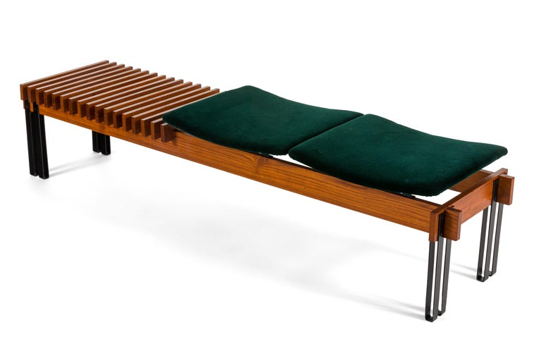 Mid-Century Modern Slatted Teak Bench with Velvet Seats by Inge & Luciano Rubino, Italy, 1960s For Sale