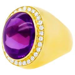 Sleek Eighties Diamond and Amethyst-Set Gold Ring