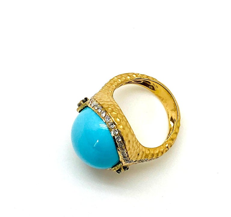 Sleeping Beauty Robin's Egg Blue Turquoise & Diamond, Yellow Gold Dome Ring In New Condition For Sale In Los Angeles, CA