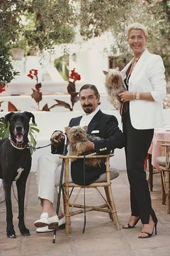 Count and Countess Jaime De Mora Y Aragon - Slim Aarons, 20th century, Dogs