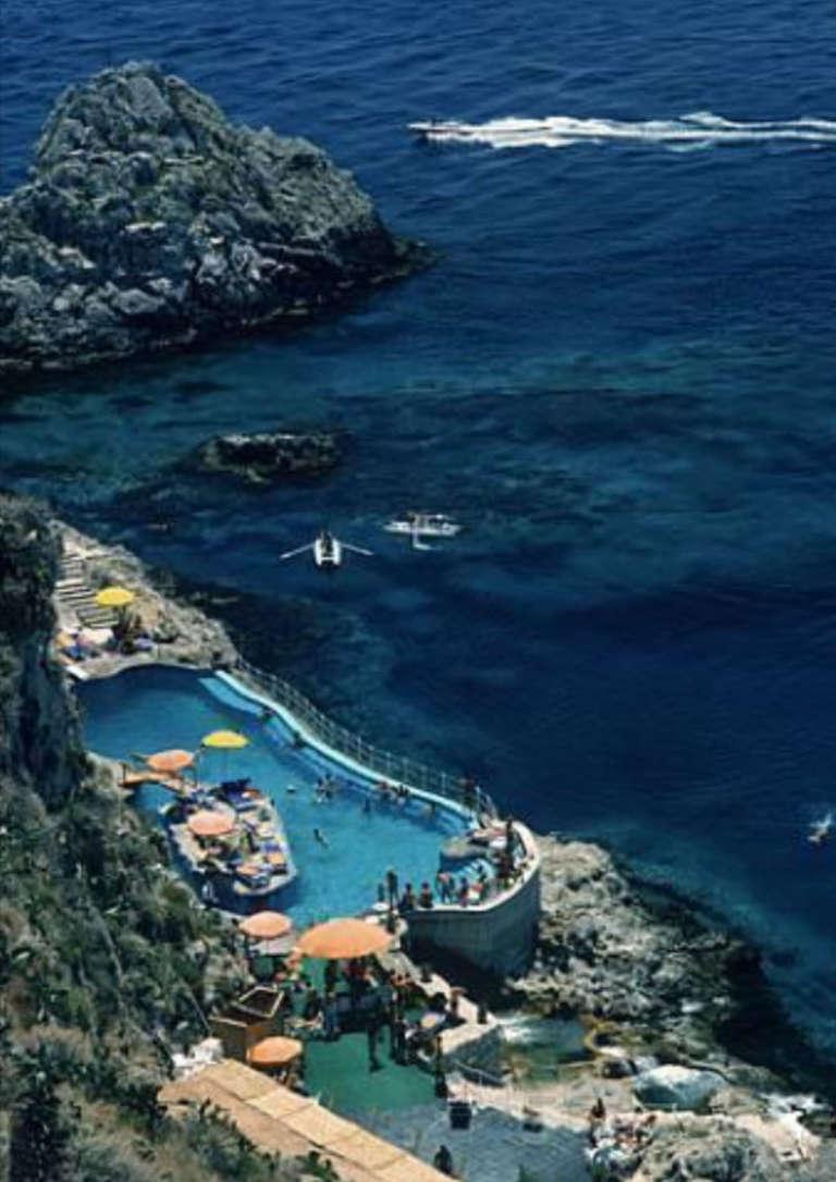 Slim Aarons Color Photograph - Hotel Taormina Pool