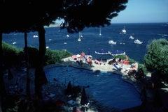 Il Pellicano Pool - Slim Aarons, 20th Century, Sea views, Tuscany, Sunlight, Hot