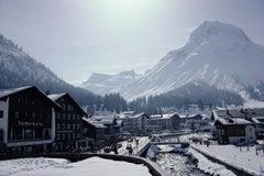 Main Street in Lech - Slim Aarons, 20th century, Skiing, Winter in Austria