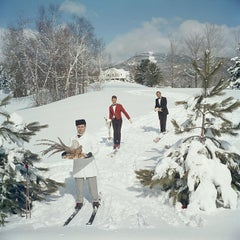 Skiing Waiters, (Slim Aarons Estate Edition)