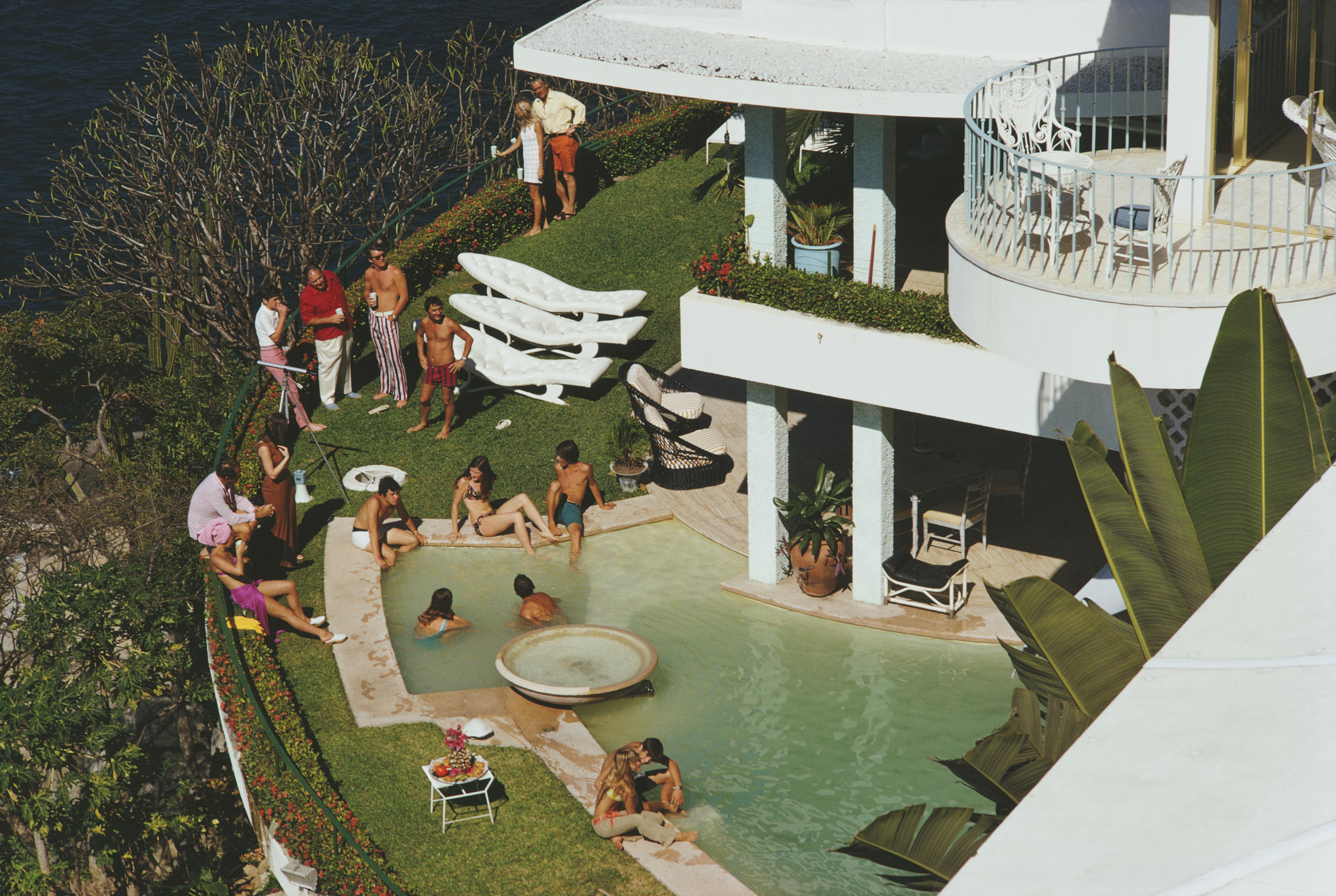 Slim Aarons, Clifftop Pool, Las Brisas