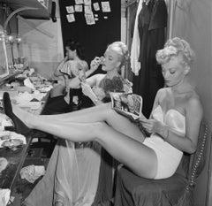 Slim Aarons Estate Print - Backstage At La Scala 1948 - Oversize